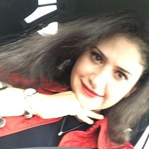 Meet your Posher, Nazanin